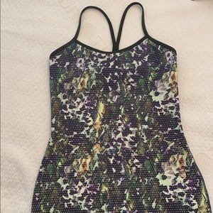 Lululemon Power Y tank. Size 6